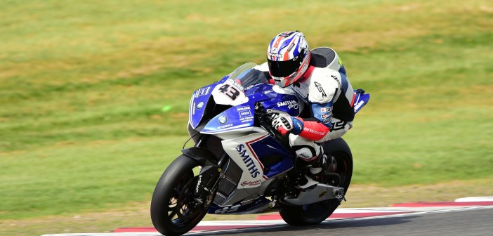 Mainwaring Smart Battles Hard For Points At Brands Hatch