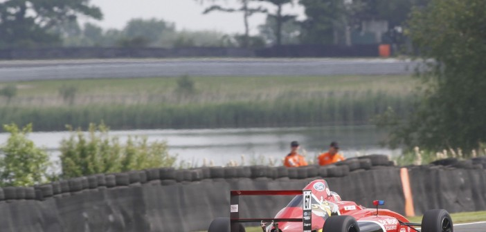 Bird Out Of Luck At Oulton Park